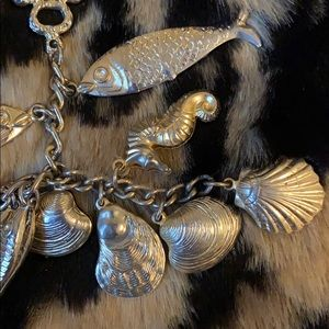 Antique High-quality 16 sea charm gold necklace